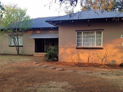Bloemfontein, Dan Pienaar Property  | Houses For Sale Dan Pienaar, Dan Pienaar, House 3 bedrooms property for sale Price:1,550,000