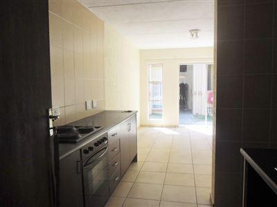 Johannesburg, Ormonde & Ext Property    Houses To Rent Ormonde & Ext, Ormonde & Ext, Townhouse 2 bedrooms property to rent Price:,  5,50*