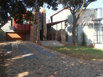 Property and Houses for sale in Pretoria Central, House, 5 Bedrooms - ZAR 5,200,000