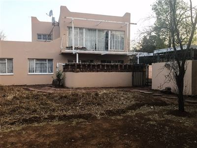 Bloemfontein, Fichardt Park Property  | Houses For Sale Fichardt Park, Fichardt Park, House 6 bedrooms property for sale Price:999,000