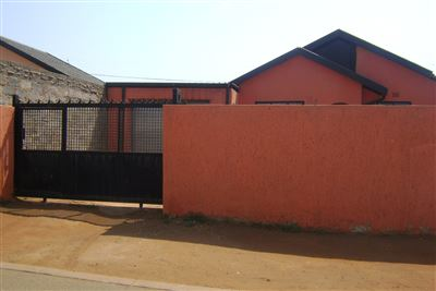 Soweto, Protea Glen Ext 11 Property  | Houses For Sale Protea Glen Ext 11, Protea Glen Ext 11, House 2 bedrooms property for sale Price:495,000