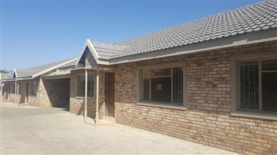 Klerksdorp, Doringkruin Property  | Houses To Rent Doringkruin, Doringkruin, Townhouse 2 bedrooms property to rent Price:,  4,00*