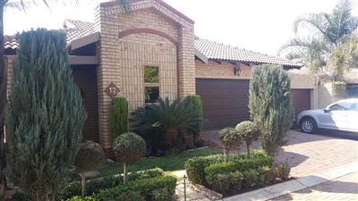 Cluster for sale in Wilkoppies
