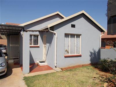 Johannesburg, Naturena Property  | Houses For Sale Naturena, Naturena, House 3 bedrooms property for sale Price:790,000