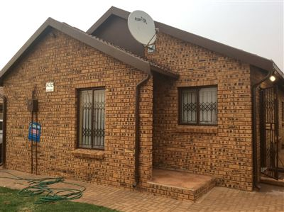 Soweto, Protea Glen Ext 12 Property  | Houses For Sale Protea Glen Ext 12, Protea Glen Ext 12, House 3 bedrooms property for sale Price:700,000