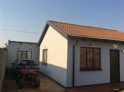 Soweto, Protea Glen Property    Houses For Sale Protea Glen, Protea Glen, House 2 bedrooms property for sale Price:650,000