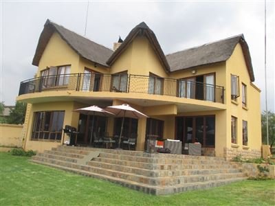 Property and Houses for sale in Leeuwfontein, House, 5 Bedrooms - ZAR 3,250,000