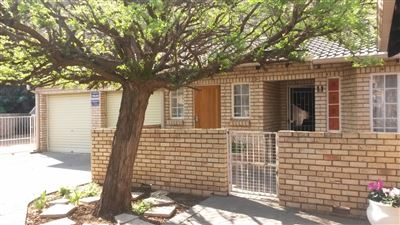 Bloemfontein, Arboretum Property  | Houses For Sale Arboretum, Arboretum, Townhouse 3 bedrooms property for sale Price:895,000