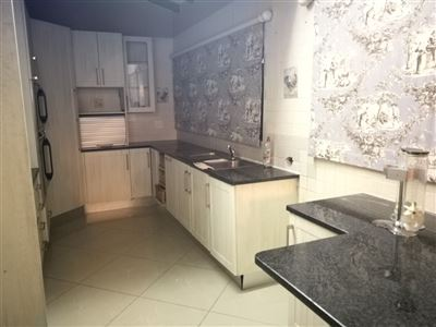 Glenanda North property to rent. Ref No: 13533208. Picture no 2