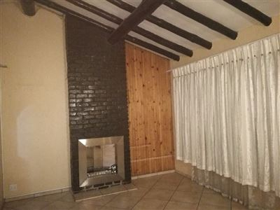 Glenanda North property to rent. Ref No: 13533208. Picture no 11