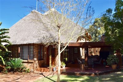 Waverley property for sale. Ref No: 13533533. Picture no 1