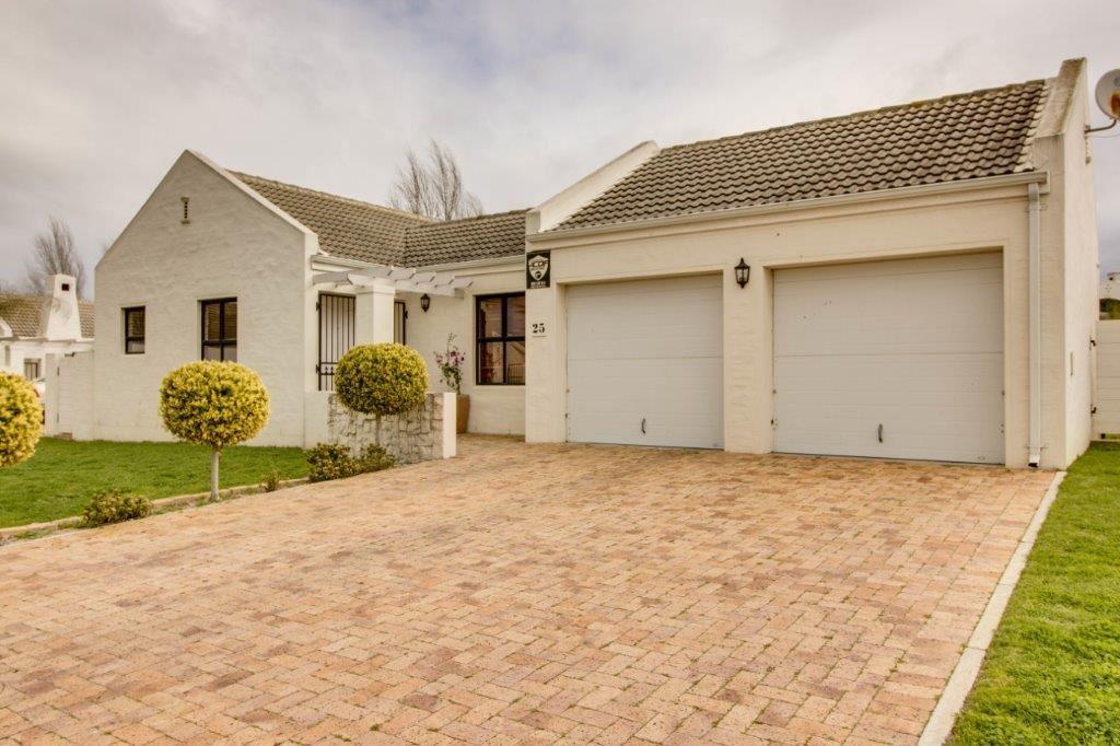 Security Estate - Great Surrounds - Pinehurst, Durbanville