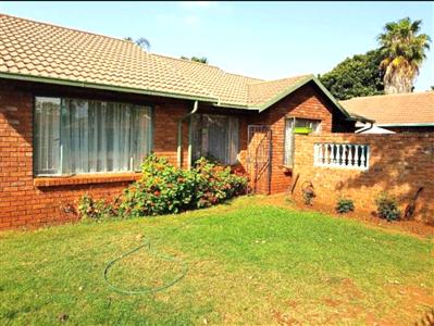Doornpoort property for sale. Ref No: 13533935. Picture no 1