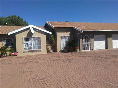 Alberton, Raceview Property  | Houses For Sale Raceview, Raceview, Townhouse 3 bedrooms property for sale Price:1,365,000