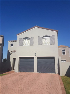 Durbanville, Avalon Estate Property  | Houses For Sale Avalon Estate, Avalon Estate, Townhouse 3 bedrooms property for sale Price:1,950,000