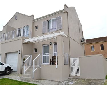 Brackenfell, Protea Village Property  | Houses For Sale Protea Village, Protea Village, Townhouse 3 bedrooms property for sale Price:1,385,000