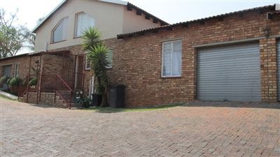 Krugersdorp, Rangeview Property  | Houses For Sale Rangeview, Rangeview, Townhouse 2 bedrooms property for sale Price:730,000