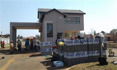 Raslouw property for sale. Ref No: 13535526. Picture no 1
