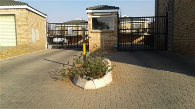 Germiston, Primrose Hill Property  | Houses For Sale Primrose Hill, Primrose Hill, Townhouse 2 bedrooms property for sale Price:640,000