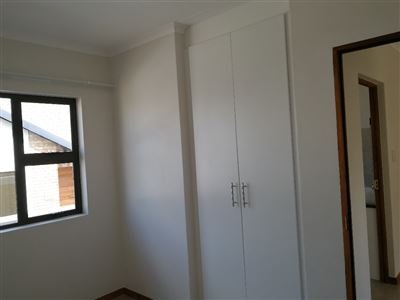 Beyerspark property to rent. Ref No: 13535632. Picture no 5