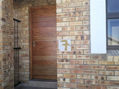 Beyerspark property to rent. Ref No: 13535632. Picture no 13