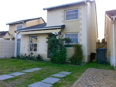 Cape Town, Thornton Property  | Houses For Sale Thornton, Thornton, Townhouse 3 bedrooms property for sale Price:1,595,000