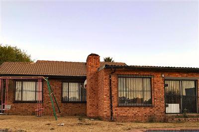 Johannesburg, Elandspark Property  | Houses For Sale Elandspark, Elandspark, House 2 bedrooms property for sale Price:950,000