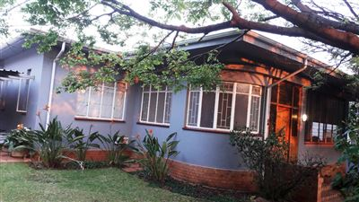 Property and Houses for sale in Arcadia, House, 3 Bedrooms - ZAR 2,350,000