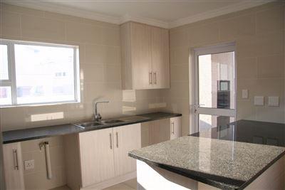 Eikenhof property to rent. Ref No: 13535950. Picture no 3