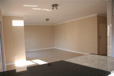 Eikenhof property to rent. Ref No: 13535950. Picture no 6