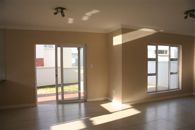 Eikenhof property to rent. Ref No: 13535950. Picture no 5