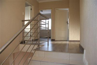 Eikenhof property to rent. Ref No: 13535950. Picture no 8