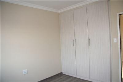 Eikenhof property to rent. Ref No: 13535950. Picture no 18