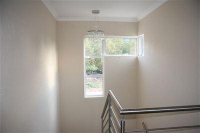 Eikenhof property to rent. Ref No: 13535950. Picture no 9