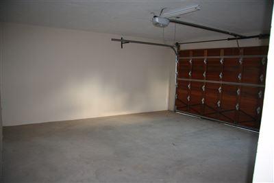 Eikenhof property to rent. Ref No: 13535950. Picture no 33