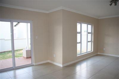 Eikenhof property to rent. Ref No: 13535950. Picture no 36