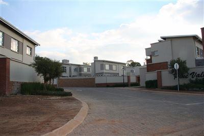Eikenhof property to rent. Ref No: 13535950. Picture no 41