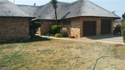 Potchefstroom, Vyfhoek Property  | Houses For Sale Vyfhoek, Vyfhoek, House 4 bedrooms property for sale Price:2,200,000