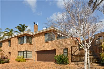 Townhouse for sale in Protea Valley