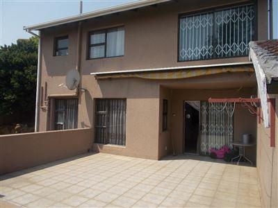 Johannesburg, Ridgeway Property  | Houses For Sale Ridgeway, Ridgeway, House 3 bedrooms property for sale Price:1,450,000