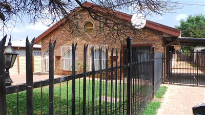 Pretoria, Villieria Property  | Houses For Sale Villieria, Villieria, House 4 bedrooms property for sale Price:1,895,000