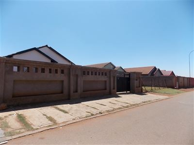 Soweto, Protea Glen Ext 11 Property  | Houses For Sale Protea Glen Ext 11, Protea Glen Ext 11, House 2 bedrooms property for sale Price:499,000