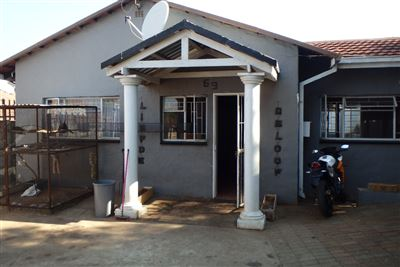 Rustenburg, Geelhoutpark Property  | Houses To Rent Geelhoutpark, Geelhoutpark, House 2 bedrooms property to rent Price:,  6,00*