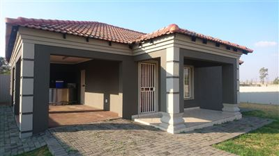 Klerksdorp, Flamwood Property  | Houses For Sale Flamwood, Flamwood, House 2 bedrooms property for sale Price:583,000