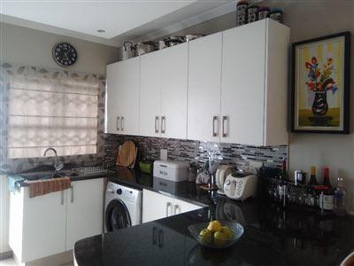 Sunnyridge property for sale. Ref No: 13539766. Picture no 4
