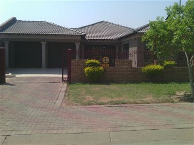 Property Mabopane : Houses For Sale Mabopane (All), Mabopane, House 4 bedrooms property for sale Price:870,000