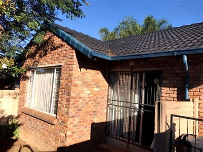 Rooihuiskraal North property for sale. Ref No: 13538332. Picture no 12