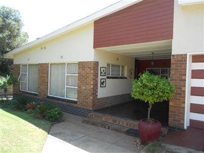 Parys property for sale. Ref No: 13538494. Picture no 1