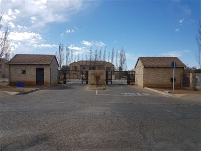 Bloemfontein, Wilgehof Property  | Houses For Sale Wilgehof, Wilgehof, Townhouse 2 bedrooms property for sale Price:740,000