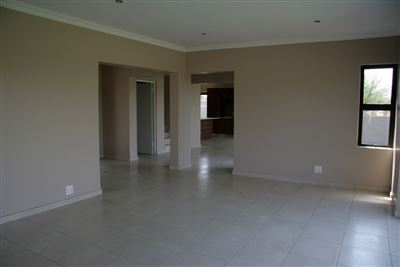 Hartbeespoort property to rent. Ref No: 13539695. Picture no 3